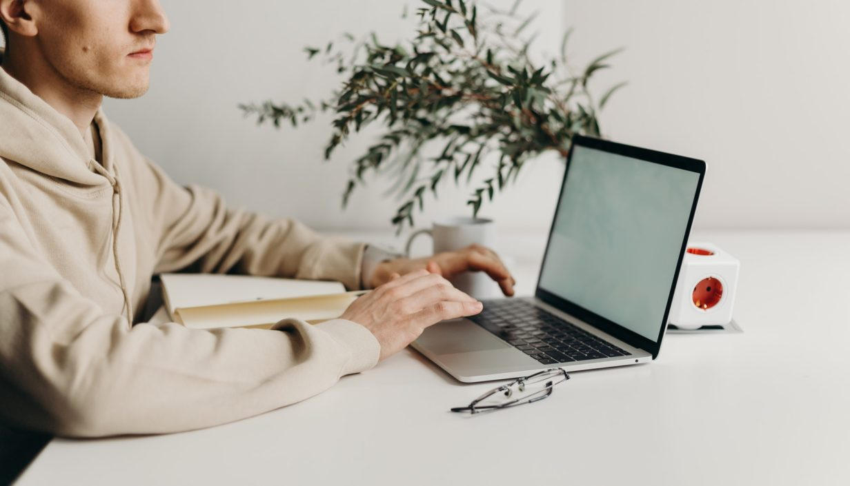 How To Use Technology To Enhance Productivity